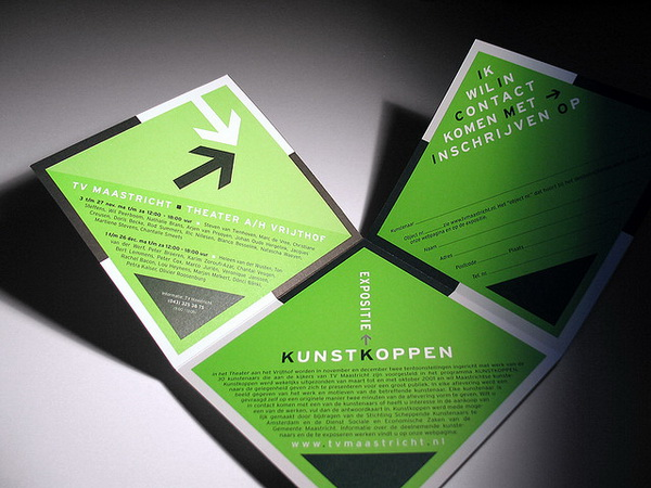 thiet-ke-brochure-la-gi-wiki-designs-vn9